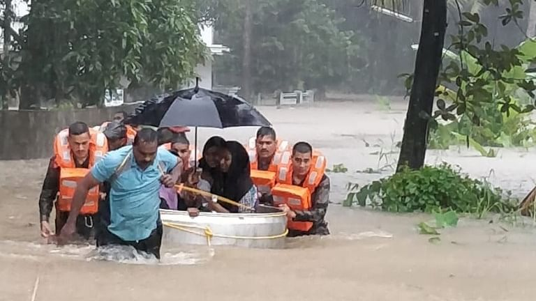 Kerala toll 370, more than 7 lakh  in 5,645 camps