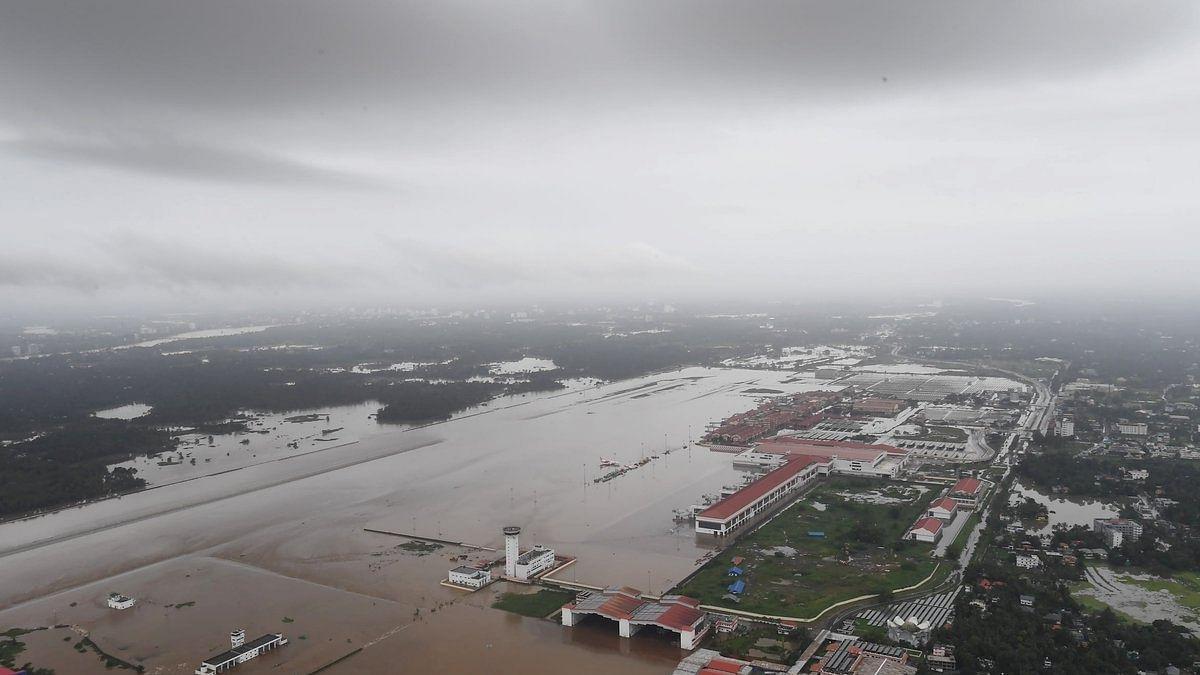 "Kerala floods Live Updates: Kerala floods be declared ""national calamity"" demands Congress"