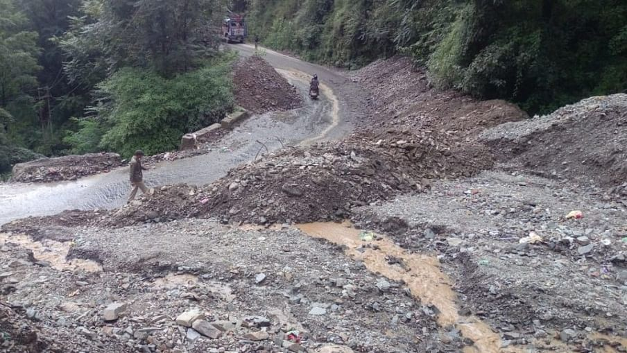 Himachal: Rains wash away ₹2,739 cr NH-22, geologists blame unscientific design