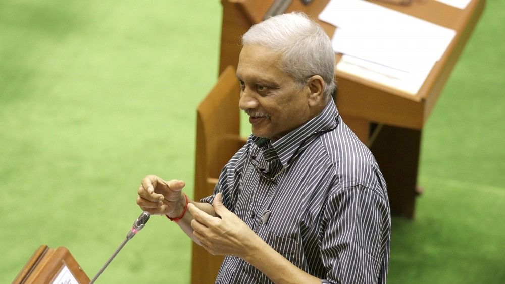"BJP ""exploring alternatives"" to ailing Goa CM Manohar Parrikar; report"