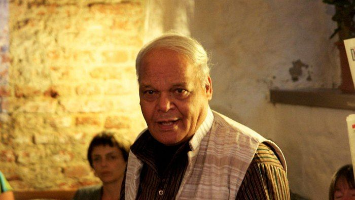 Hindi poet and veteran journalist Vishnu Khare breathes his last, at 78