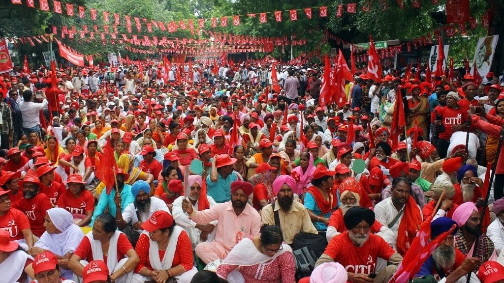 Kisan Mazdoor Rally: 'Change the policies else we will change the government!'