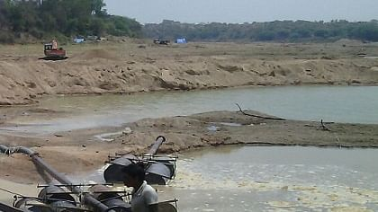Illegal sand mining: Tractor driver held for killing MP forest officer