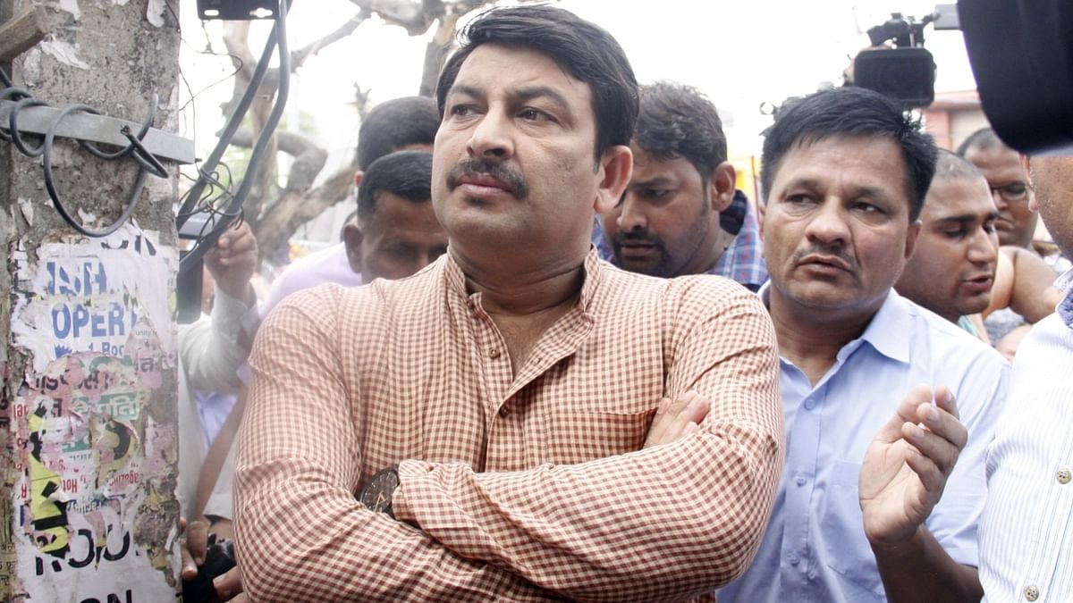 Contempt case: SC asks BJP leader Manoj Tiwari to appear before it