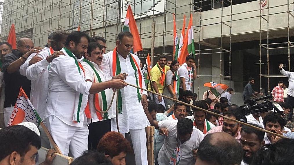 2019 Lok Sabha Election: Congress plans massive  drive in Karnataka