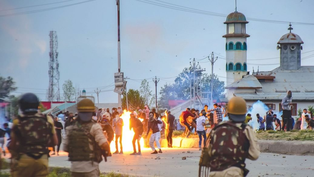 Kashmir Valley: How do you dress the wounds in the state?