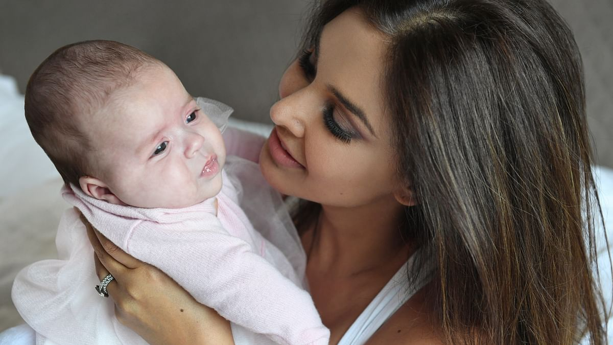 Lisa Ray pens down her feelings on becoming a mother
