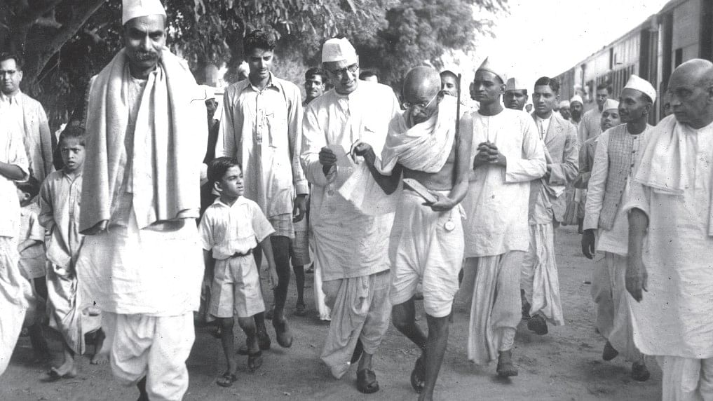 Thinking with Gandhi: The wager of future generations