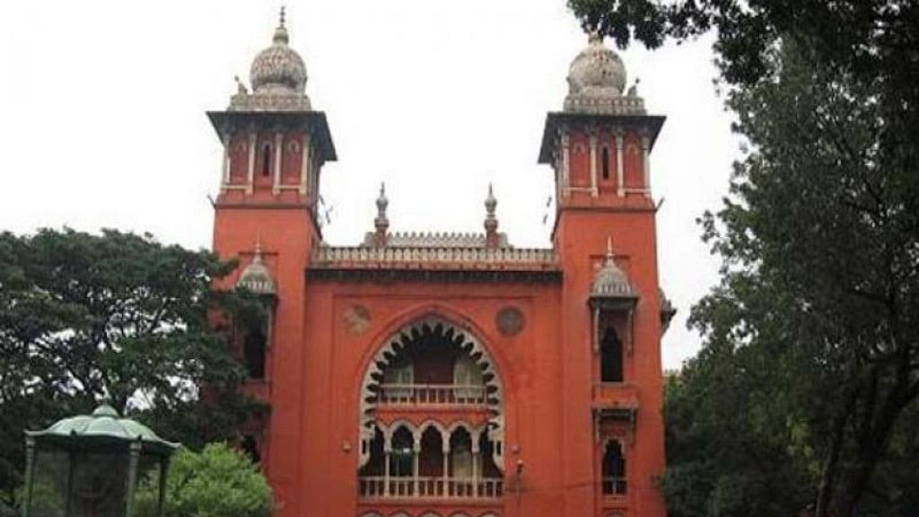 Madras High Court: All 18 AIADMK MLAs to remain disqualified
