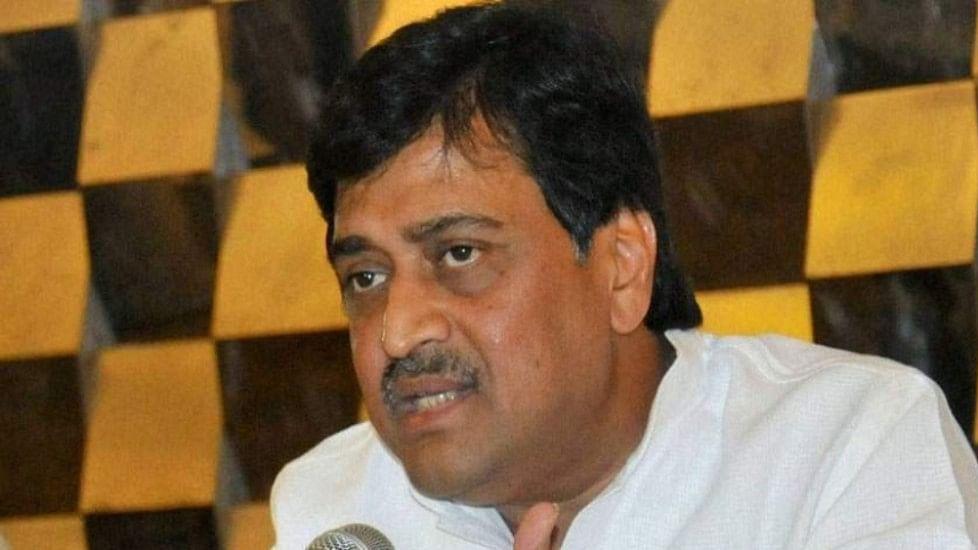 Congress tells PM Modi, spend Diwali in water-starved Marathwada