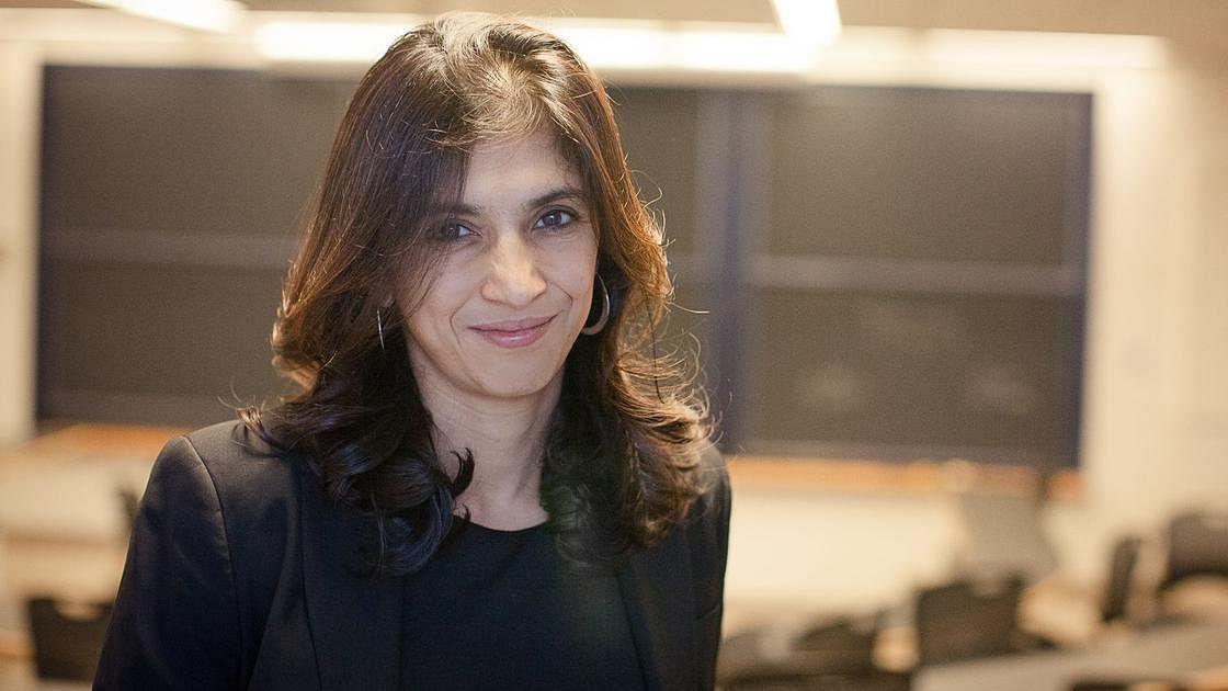 Harvard economist Rohini Pande wins 2018 Carolyn Shaw Bell Award