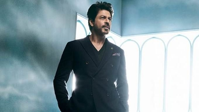 Will Shah Rukh say 'yes' to Aditya Chopra's 'Bang Bang 2'?