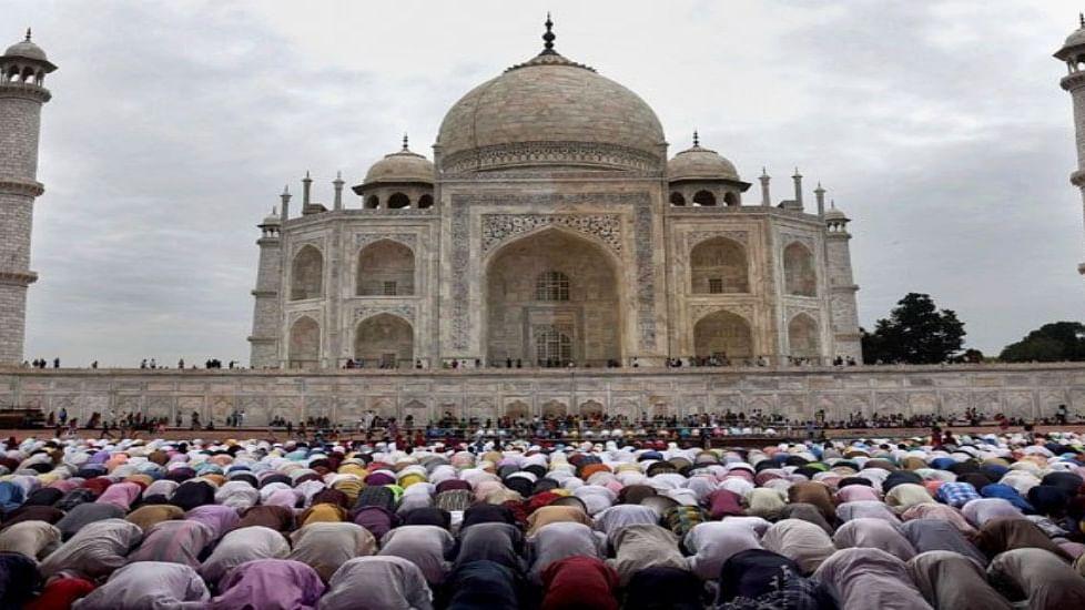Uttar Pradesh: Namaz stopped at Taj Mahal mosque; Muslims in the area miffed