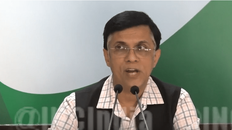 Congress hits out at Gujarat CM for promoting 'inefficient' ventilator for COVID-19 patients