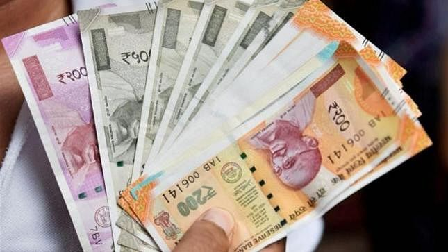 Demonetisation: New currency notes issued in 2016 have become 'unusable' in 2 years
