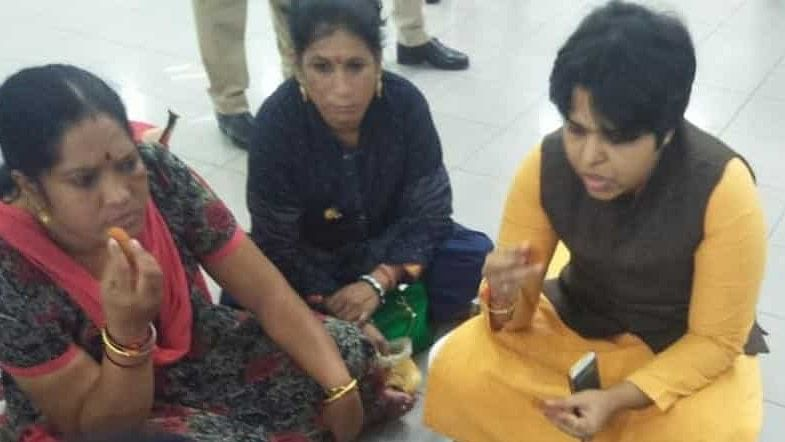 Sabarimala: Trupti Desai still stuck in the airport after 7 hours; buses begin to ferry devotees