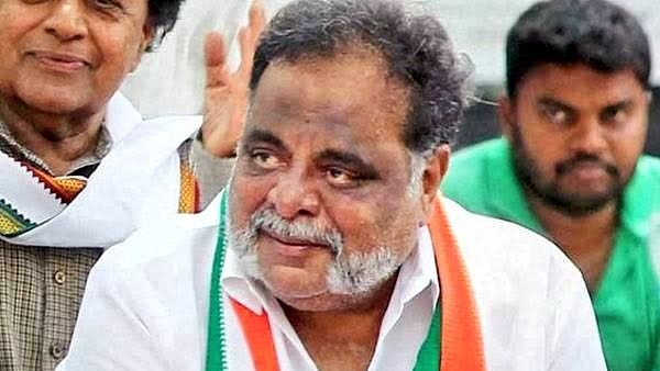 Veteran Kannada actor-turned-politician, Ambareesh dies at 66