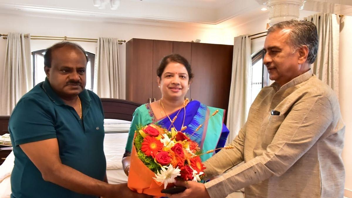 Congress-JD(S) combine trounces BJP 4-1 in Karnataka bypolls