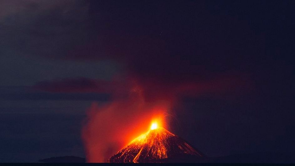 Indonesia: Krakatoa volcano erupts causing 'Volcano tsunami', 62 killed