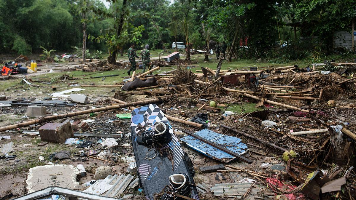 Indonesia tsunami: Rescuers scramble to reach isolated tsunami-struck towns