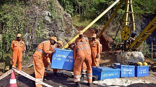 Two miners die in Meghalaya, fate of trapped miners remains uncertain