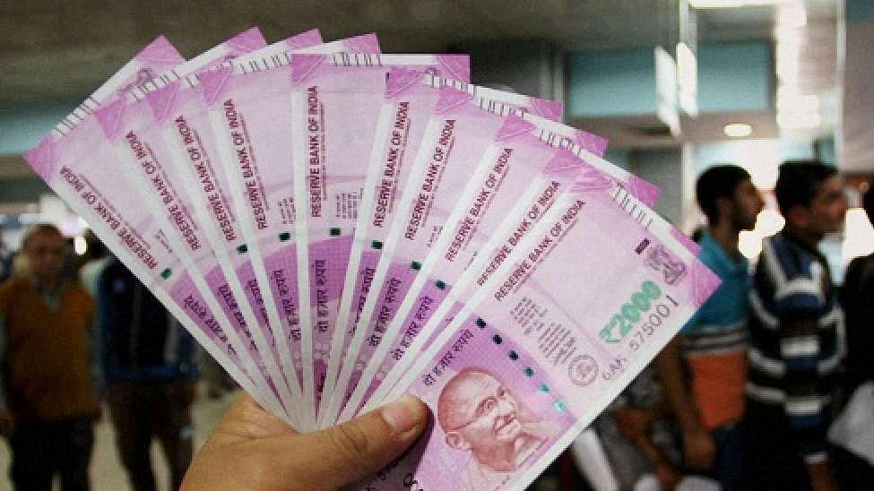 What has led to 13% fall in circulation of ₹2000 currency notes?