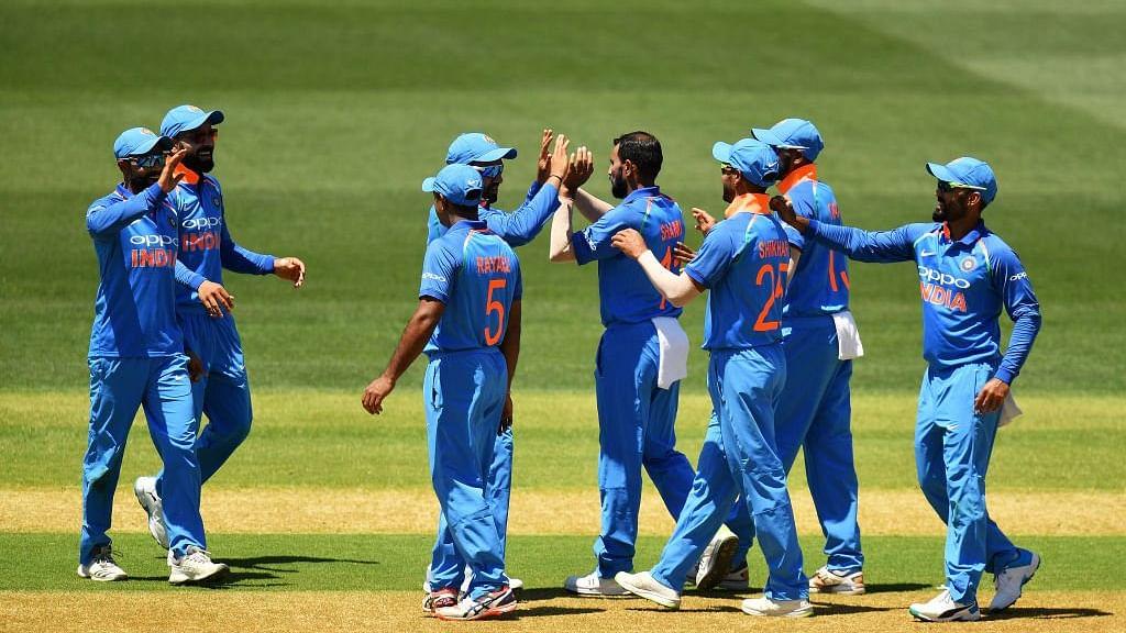 2nd ODI: Shaun Marsh fires Australia to 298/9