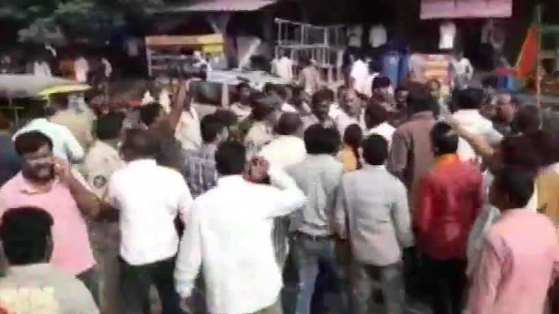 TDP, BJP workers clash in Guntur