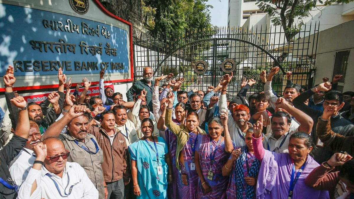 Bank Strike: Cheques valued over ₹20,000 Crore held up, not cleared