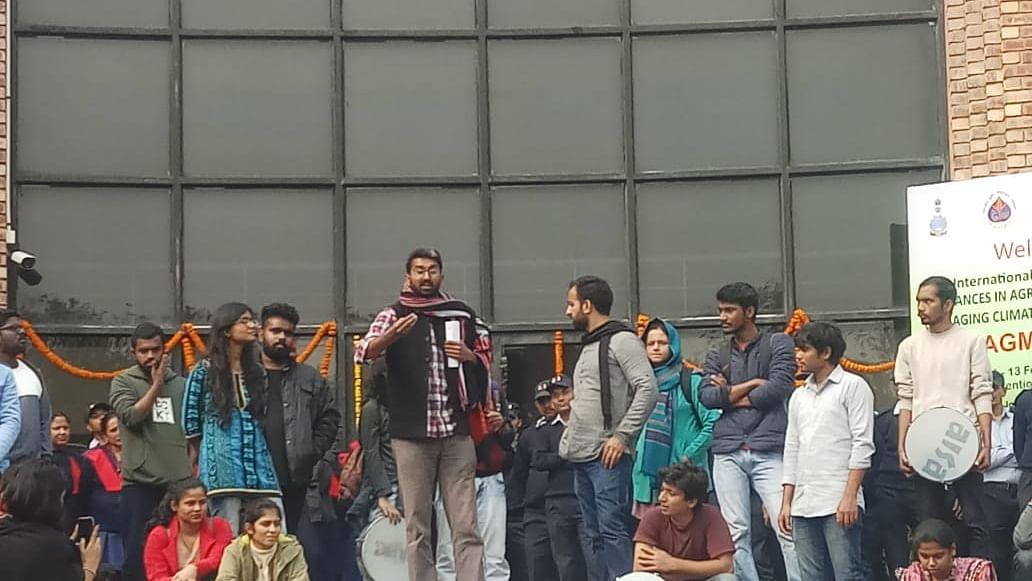 JNUSU and JNUTA hold protest against JNU VC Jagadesh Kumar demanding reschedule of Academic Council meeting