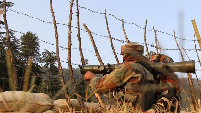 Pakistan violates ceasefire in 3 Sectors on LoC in J&K