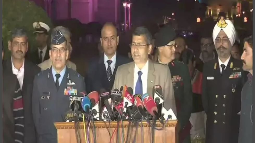 We are ready to deal with any Pak misadventure, say Armed Forces