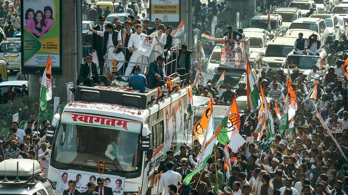 Lucknow offers a tumultuous welcome to Priyanka Gandhi and Scindia