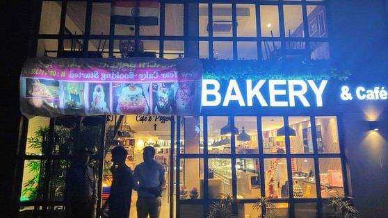 Indians have problem with 'Karachi' Bakery, Pakistanis none with Ambala Sweets