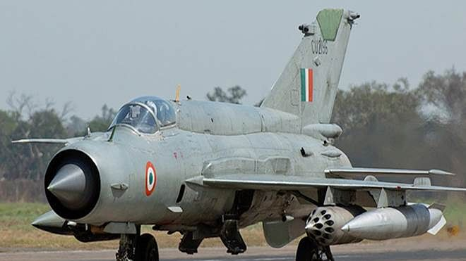 'Am I with the Pakistani Army'? Video of IAF pilot captured by Pakistan goes viral