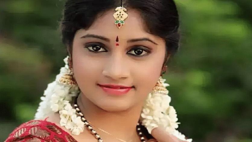 Telugu TV actress Naga Jhansi commits suicide in Hyderabad