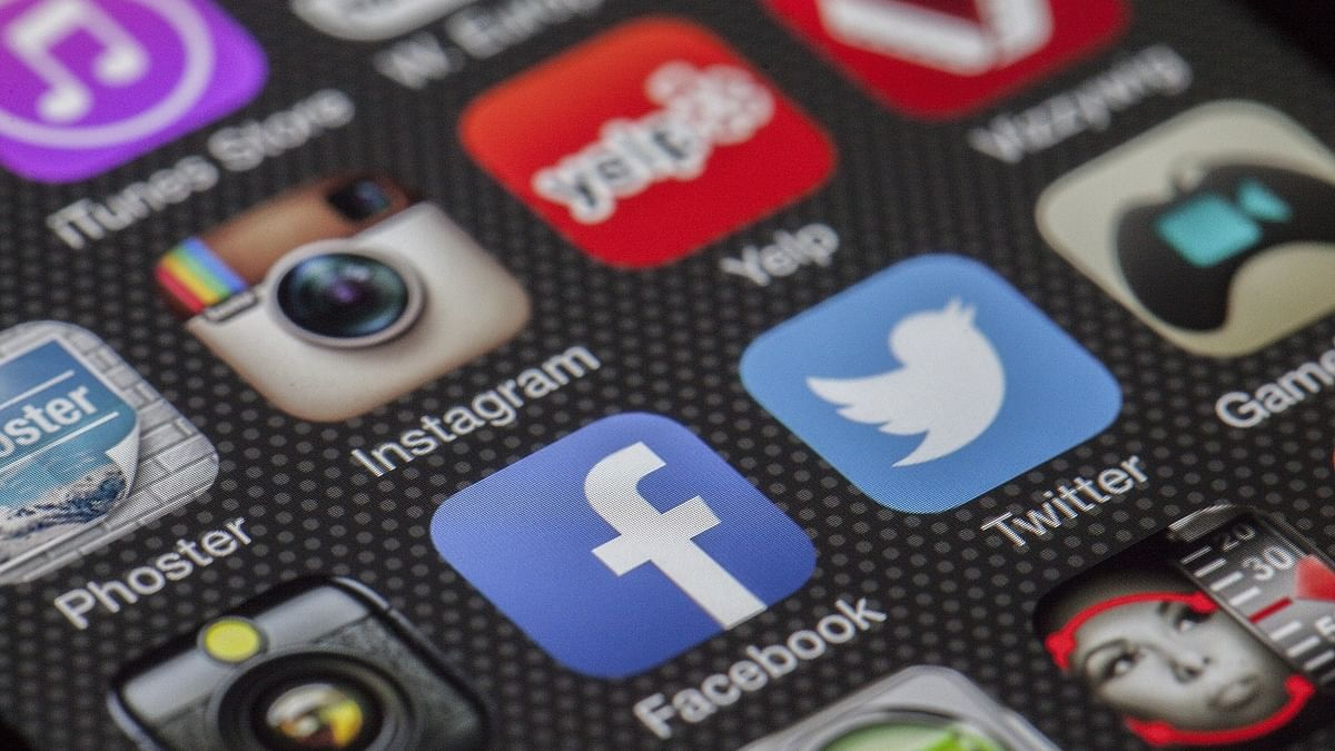 SC asks Centre to apprise it of time-frame for making guidelines to curb social media misuse