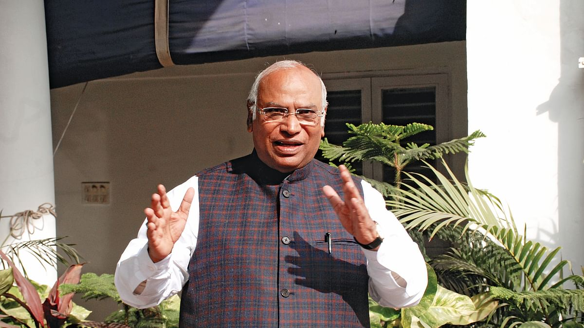 "CBI row: Mallikarjun Kharge replies to  Arun Jaitley on""dissent note"""