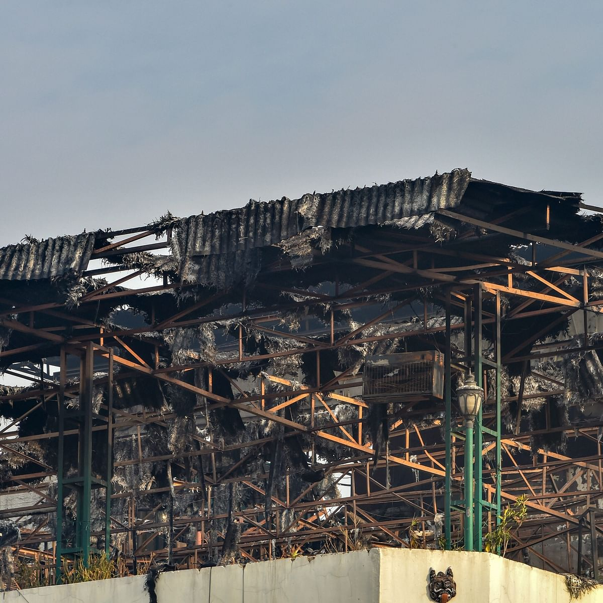 Delhi fire tragedy: No one takes responsibility for  death of  17 innocent people