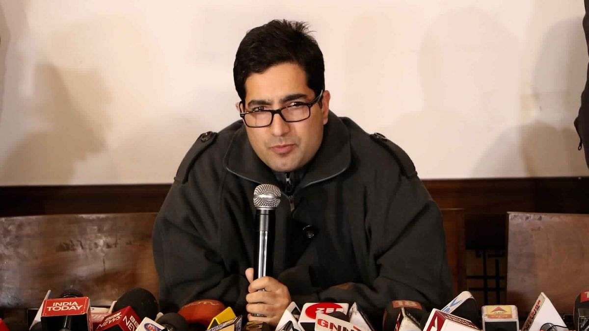 Former IAS officer Shah Faesal launches Jammu and Kashmir People's Movement