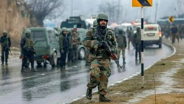 India's dossier lacks evidence linking Pakistan, Pakistanis to Pulwama terror attack, claims Pak