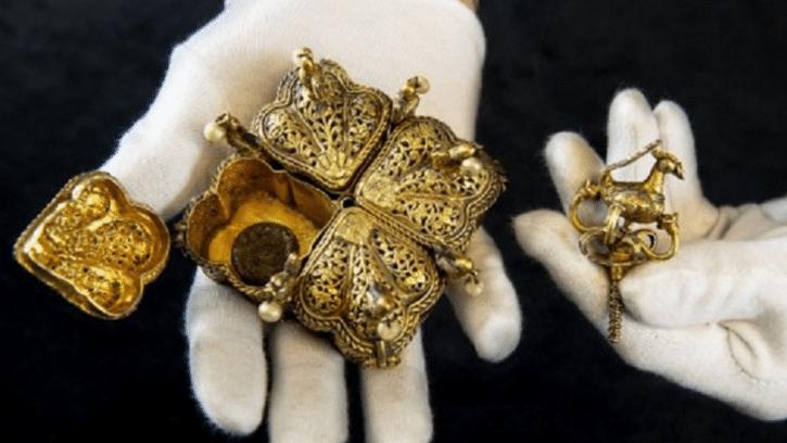 Tipu Sultan's gun, sword discovered in UK attic