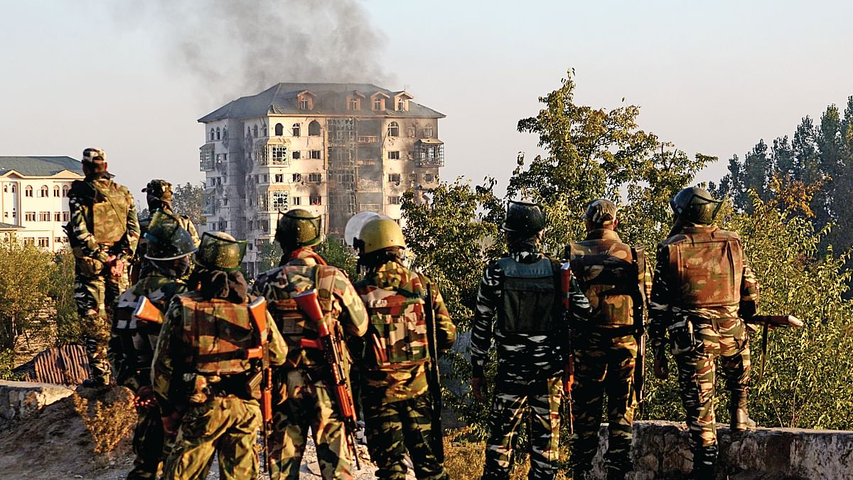 Hospitals in Srinagar treated more than 150 people injured by pellets and tear gas