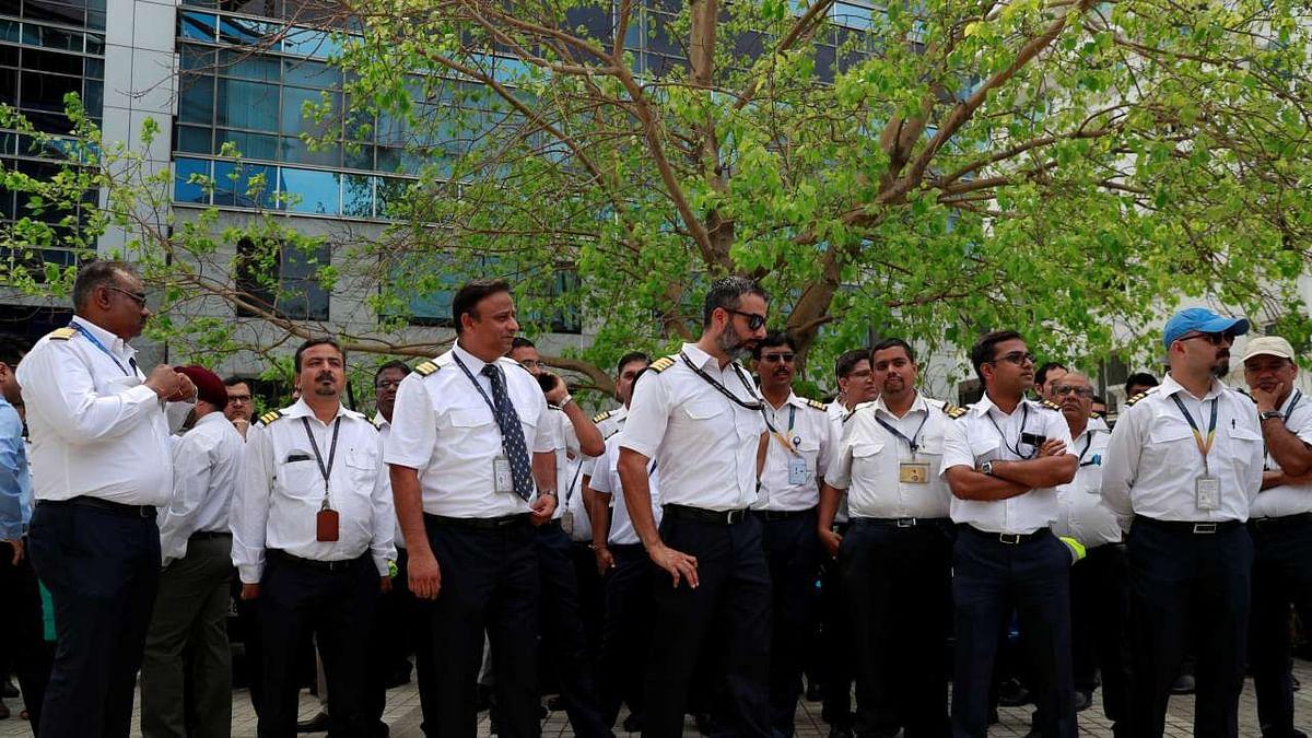 Jet Airways employees protesting (PTI)
