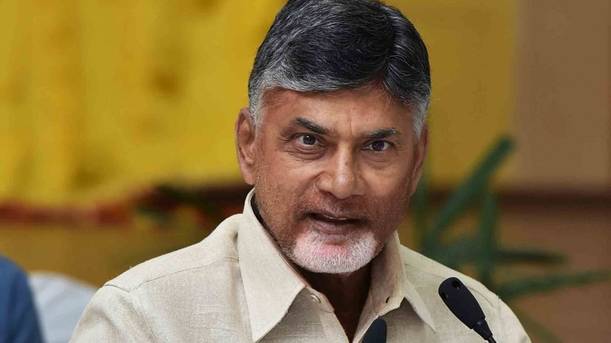 Ahead of TDP's Chalo Atamakur' rally, Chandrababu Naidu and his son, Nara Lokesh put under house arrest