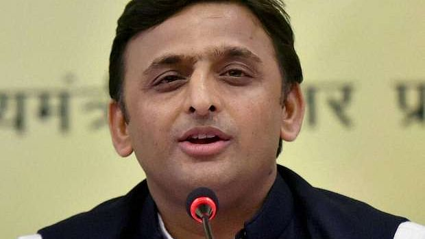 Coalitions dangerous says PM; Gathbandhan will continue: Akhilesh