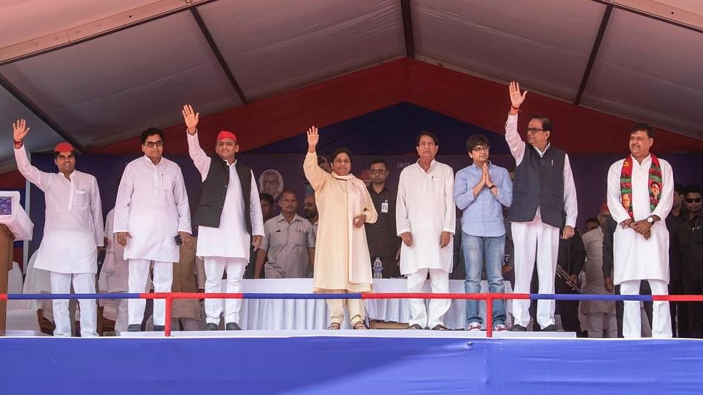 BSP chief Mayawati and SP President Akhilesh Yadav with other leaders of the alliance at a rally in Firozabad on April 20