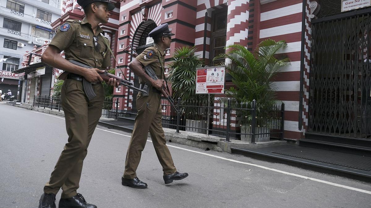 Sri Lankan forces in gun battle with terrorists