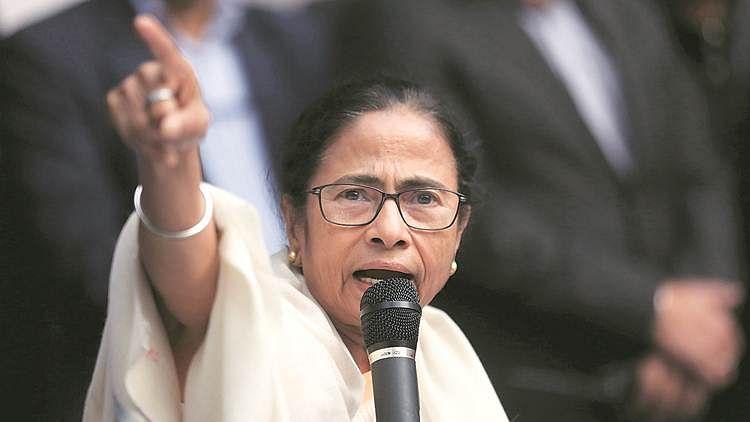Mamata accuses BJP of manipulating EVMs, proposes mass movement