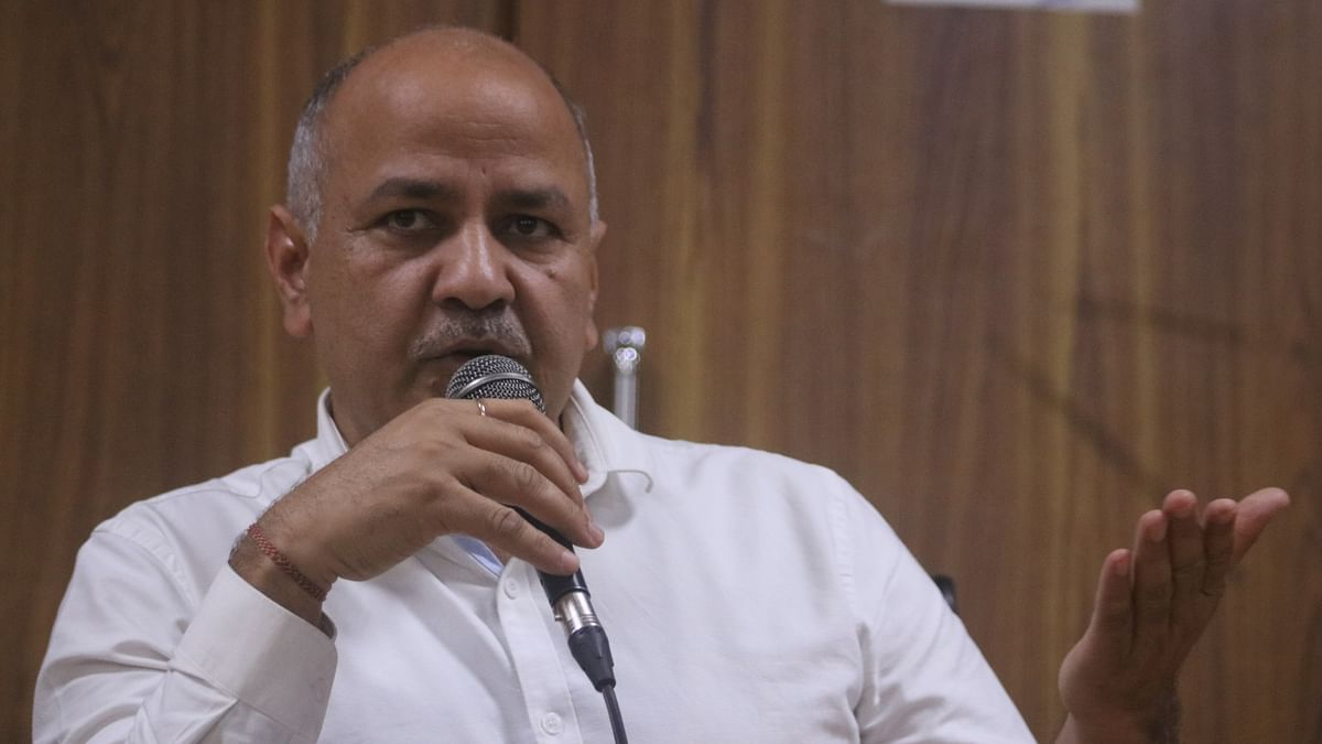 East and North Delhi civic bodies 'bankrupt', can't pay salaries to employees: Sisodia